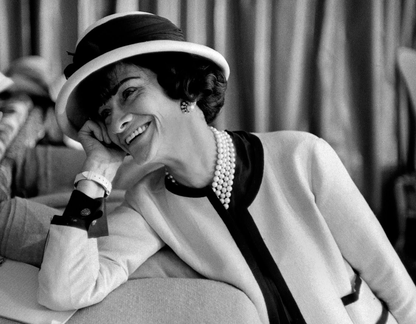 Read more about the article 10 citations marquantes de Coco Chanel