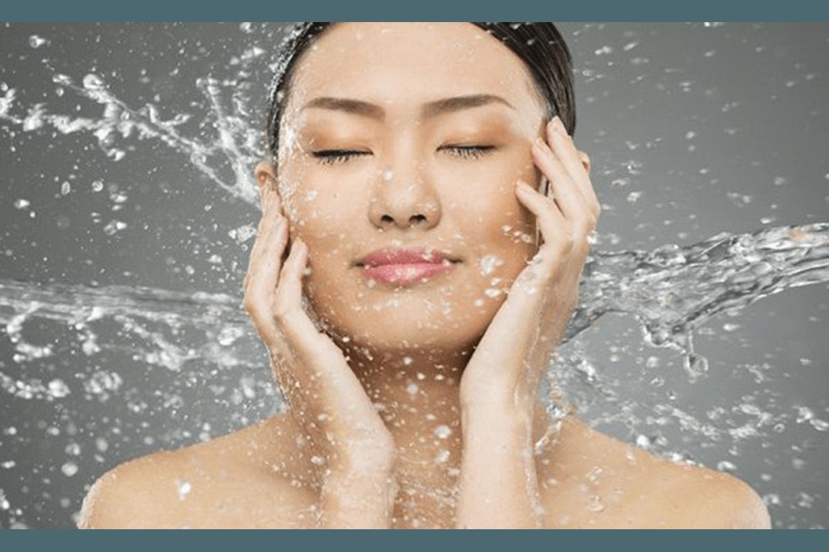 Read more about the article 4 étapes pour vaincre la peau déshydratée