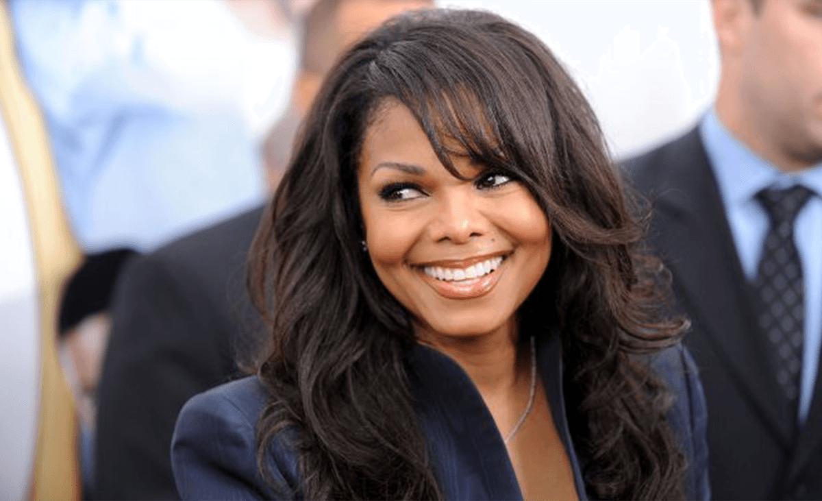 Read more about the article Joyeux anniversaire Janet Jackson! Lumière sur une future Maman
