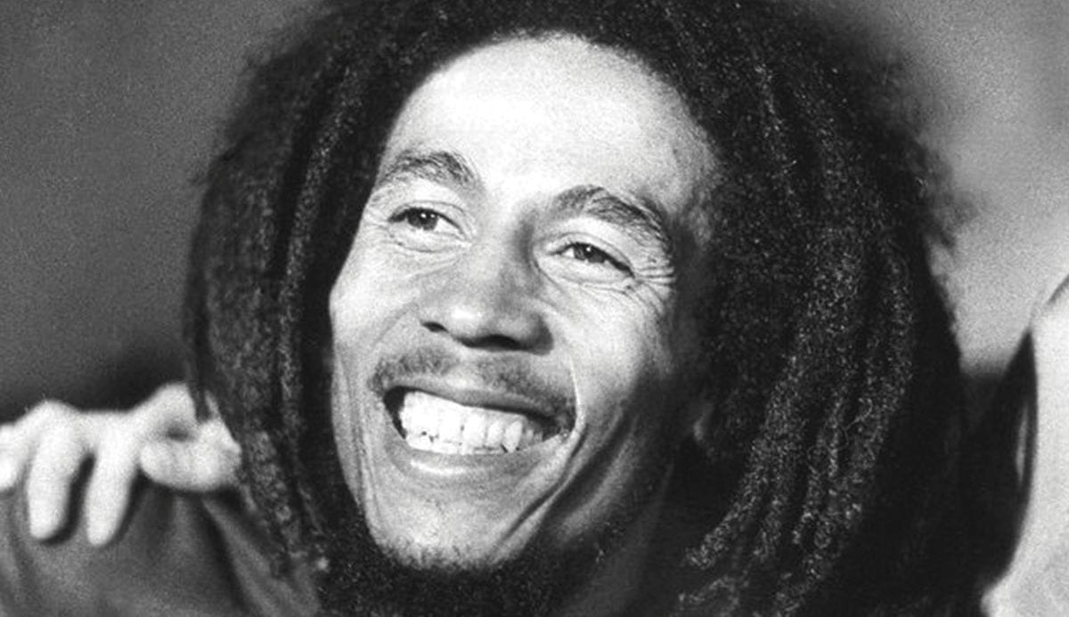 Read more about the article 10 citations touchantes du Grand Bob Marley