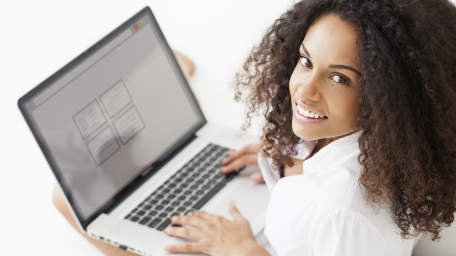 woman-on-computer-