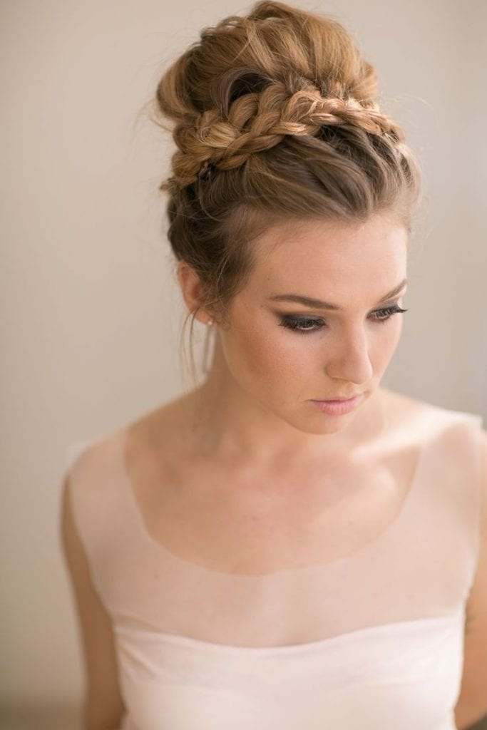 Beliebt 30 idées coiffures pour une invitée de mariage OV05