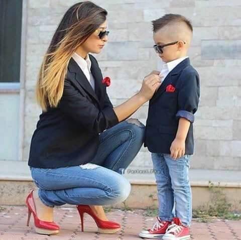 mother-son-match-look5e82671975d6ee552792b59ec6269373