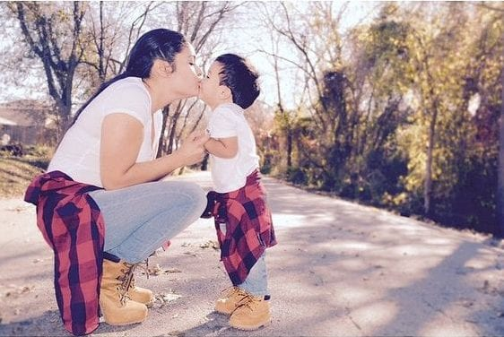 mother-son-match-lookf69b858e6019135bbcb0c6c27a002105