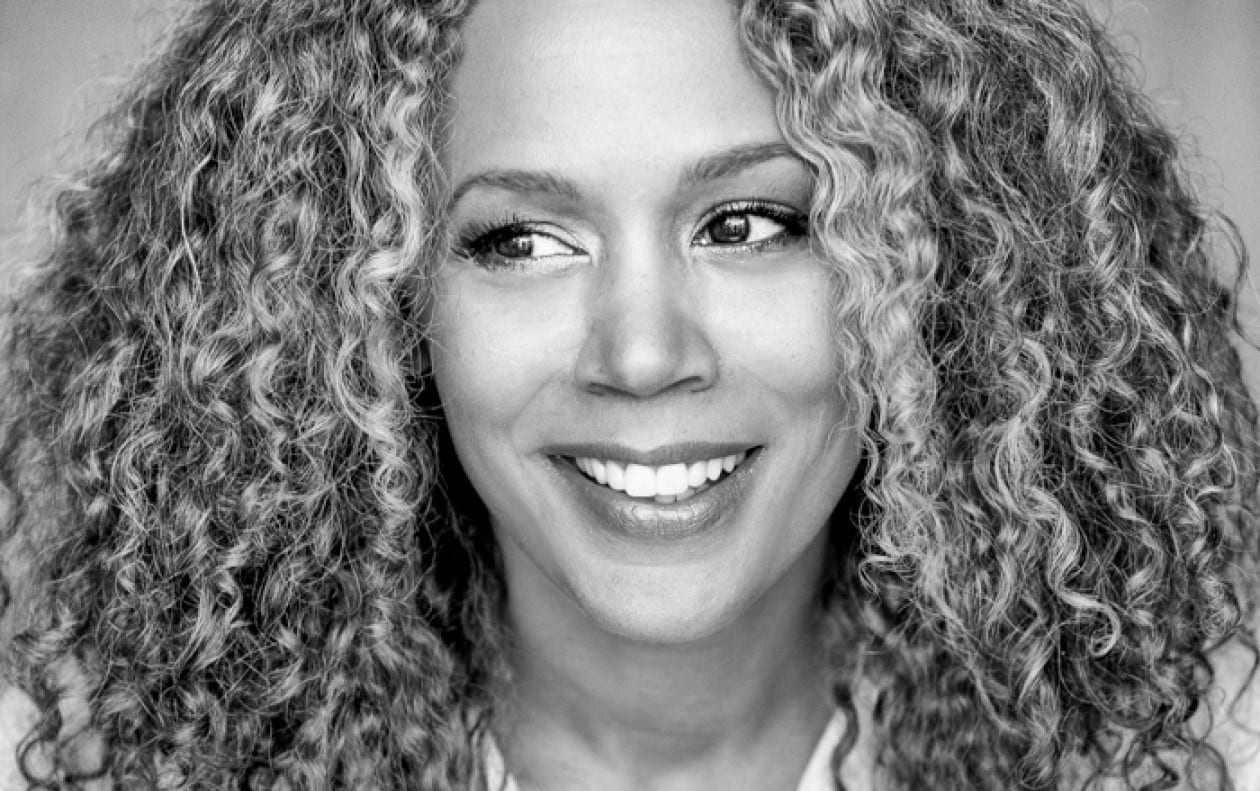 Read more about the article Rachel True : Ses 3 secrets pour paraître JEUNE à 50 ans !