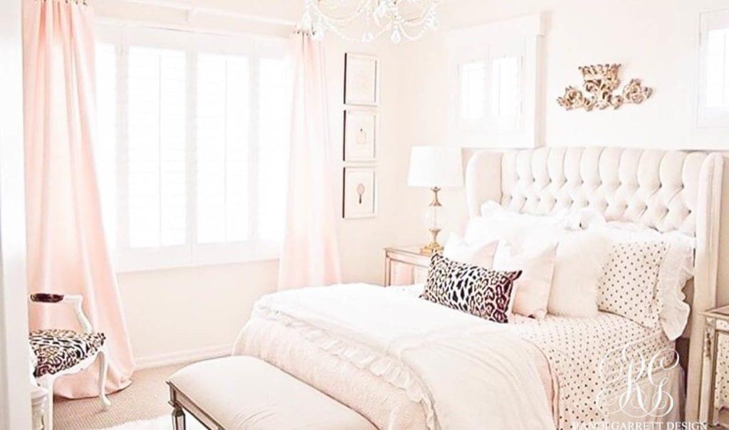 Read more about the article 6 choses à mettre dans ta chambre pour être plus créative et détendue
