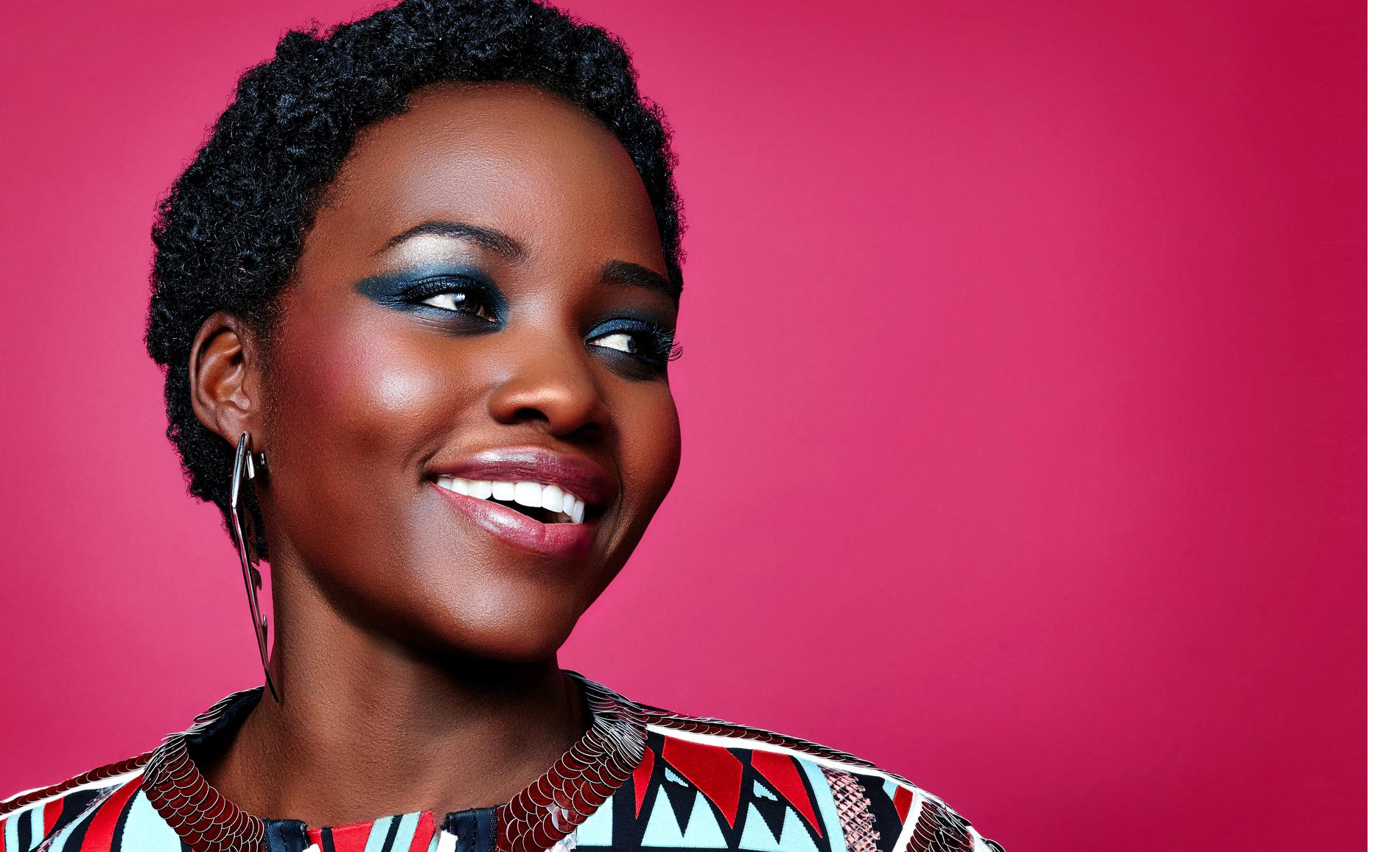 Read more about the article Lupita Nyong'o nous explique : Pourquoi l'humilité gagne toujours ?