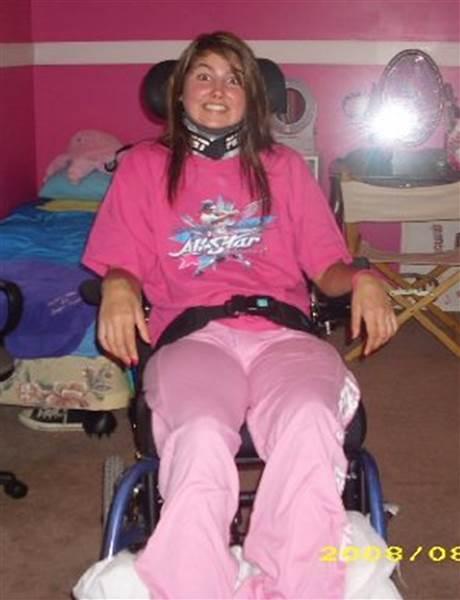 paralyzed-woman-wedding