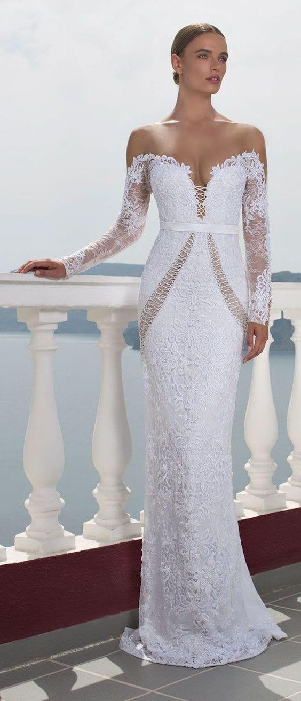 ac85e8f76c4 50 SUBLIMES robes de mariée originales et élégantes pour se dire oui
