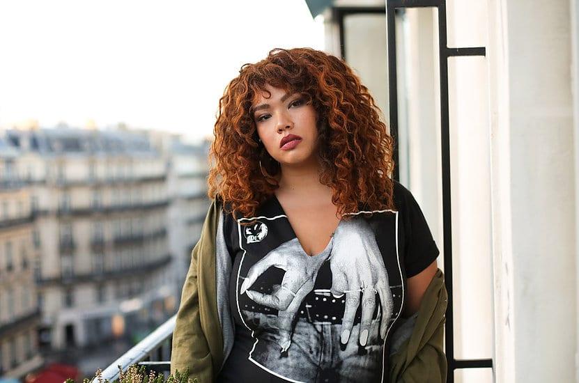 Read more about the article Lalaa Misaki : cette blogueuse plus size qui casse tous les codes de la mode