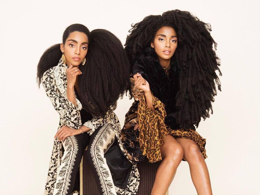 7 blogueuses beaut qui nous prouvent que l on peut tre noire et avoir de longs cheveux - Comment avoir les cheveux boucles homme noir ...
