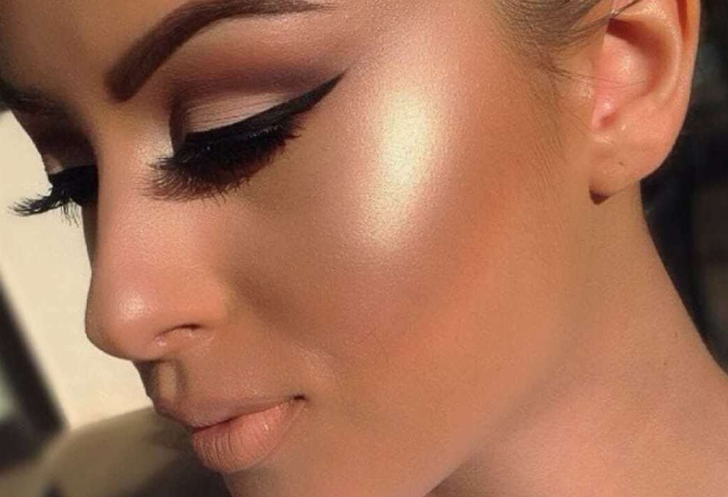 Read more about the article Comment bien appliquer ton highlighter