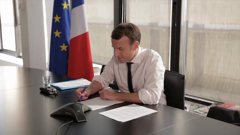 Emmanuel Macron en confcall avec Barack Obama