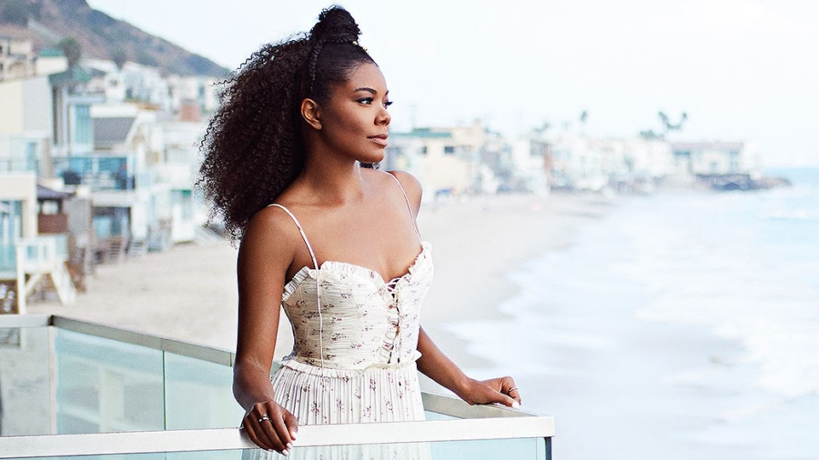 Gabrielle Union photographed at her home in Malibu, CA, on September 10, 2017.  Photographer: Mike Rosenthal Hair: Wankaya Hinkson/ONE by Wankaya Haircare Pure Rosemary & Teatree Shampoo, Pure Rosemary & Avocado Conditioner/Flawless by Gabrielle Union ñ Edge Control Gel Makeup: Fiona Stiles/Fiona Stiles Beauty/Starworks Artists Stylist: Thomas Kikis/The Wall Group Clothing credits: Dress ñ Ulla Johnson Shoes ñ Paul Andrew Rings ñ Danielle Zino