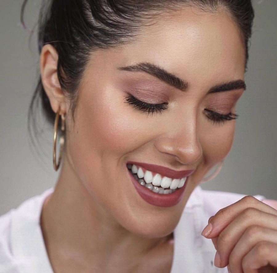 Comment réussir le maquillage premier rendez-vous amoureux?