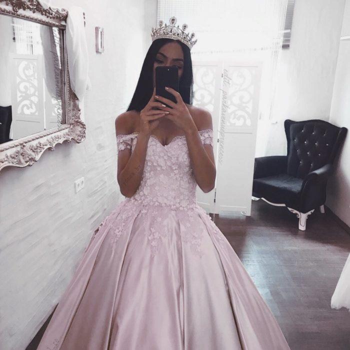 N'oublie Pas Que Tu es Une Reine – S'aimer Pour Être Aimée Comme Tu Le Mérites