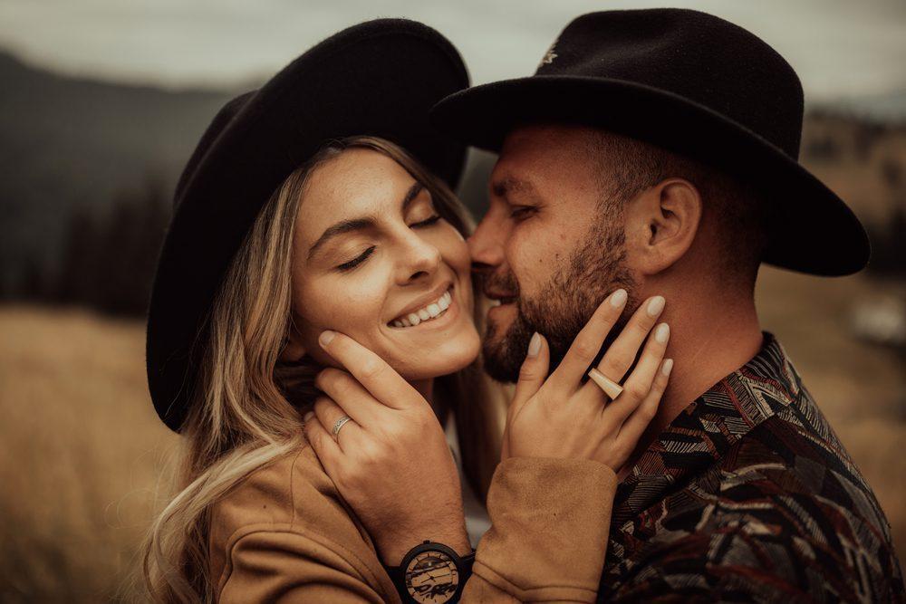Read more about the article Les 4 Habitudes des Couples Qui Durent